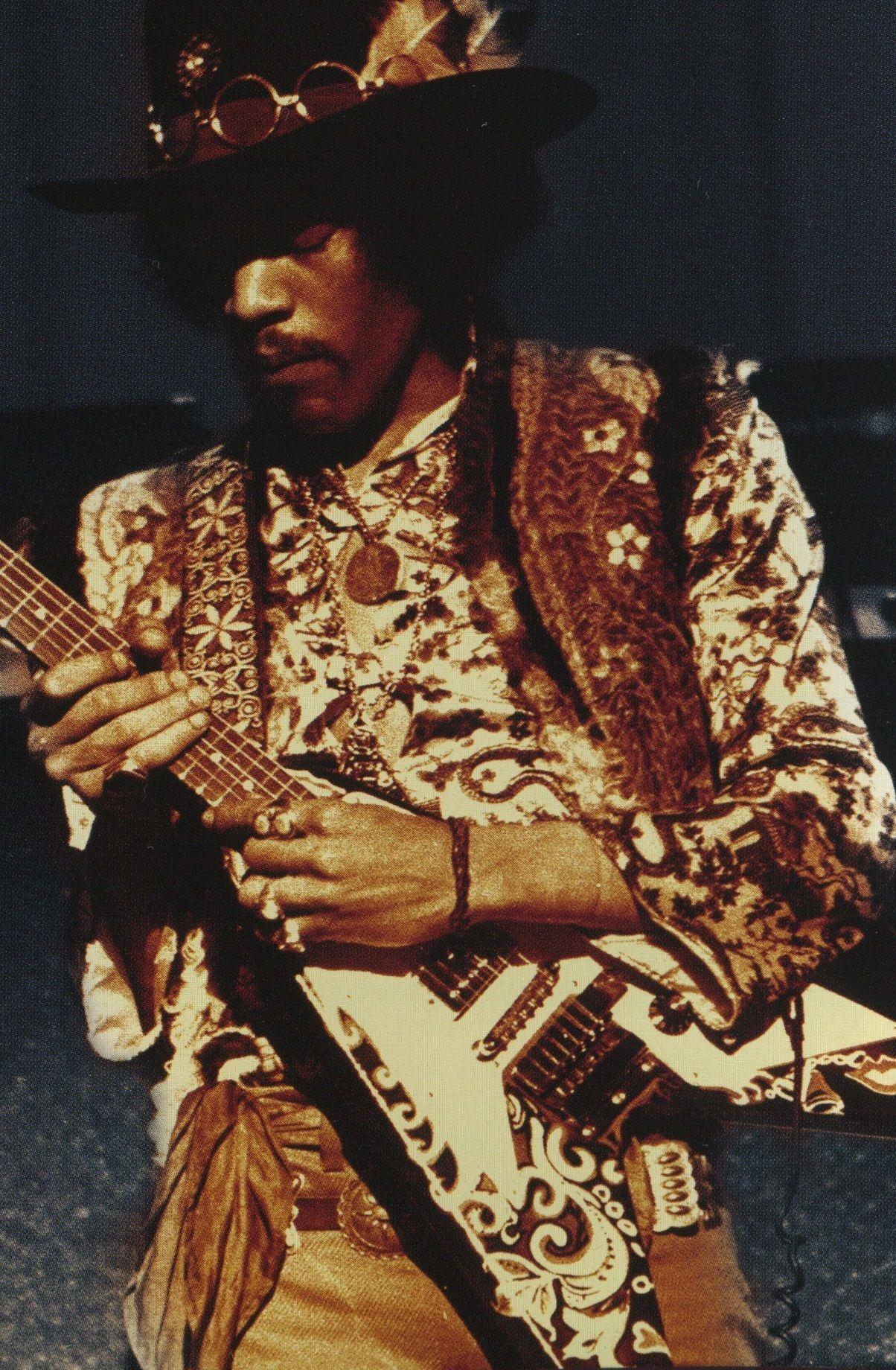 Love this pic of Jimi Hendrix