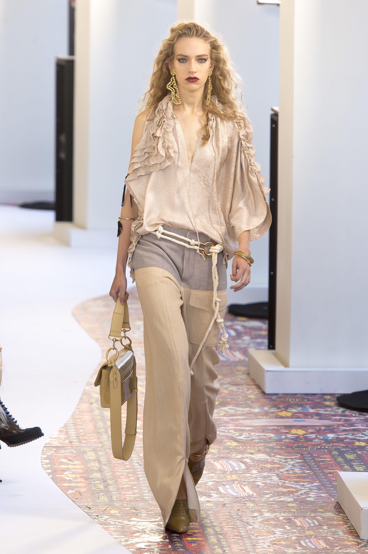 Chloé Spring 2019 Ready to Wear Fashion Show | Bolsos