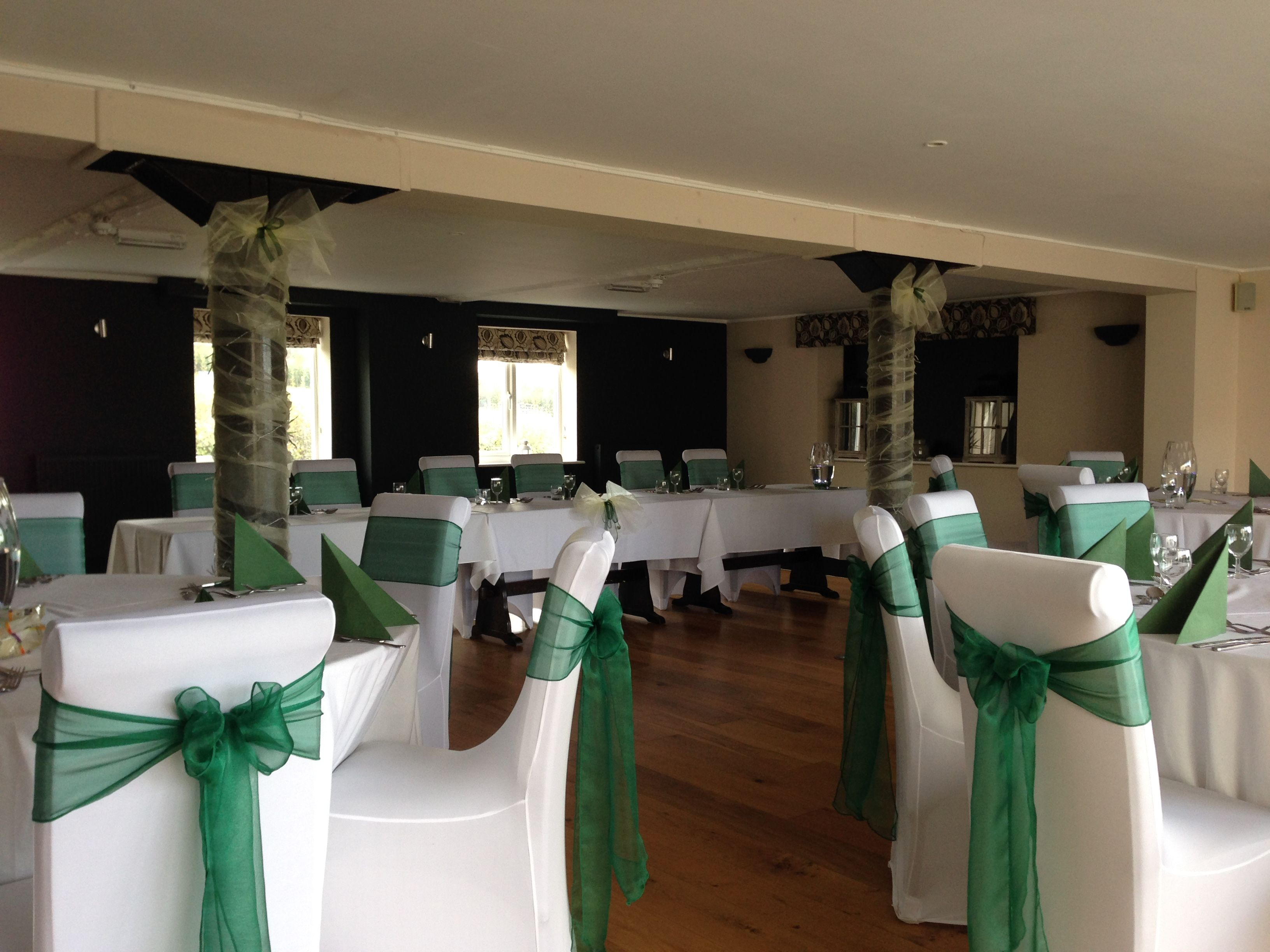 The Crossways Hotel In Wells Hunter Green Sashes