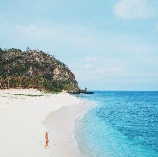 Desert Island Beach: Deserted Beaches, Sandy Toes & Sunshine On The Beautiful