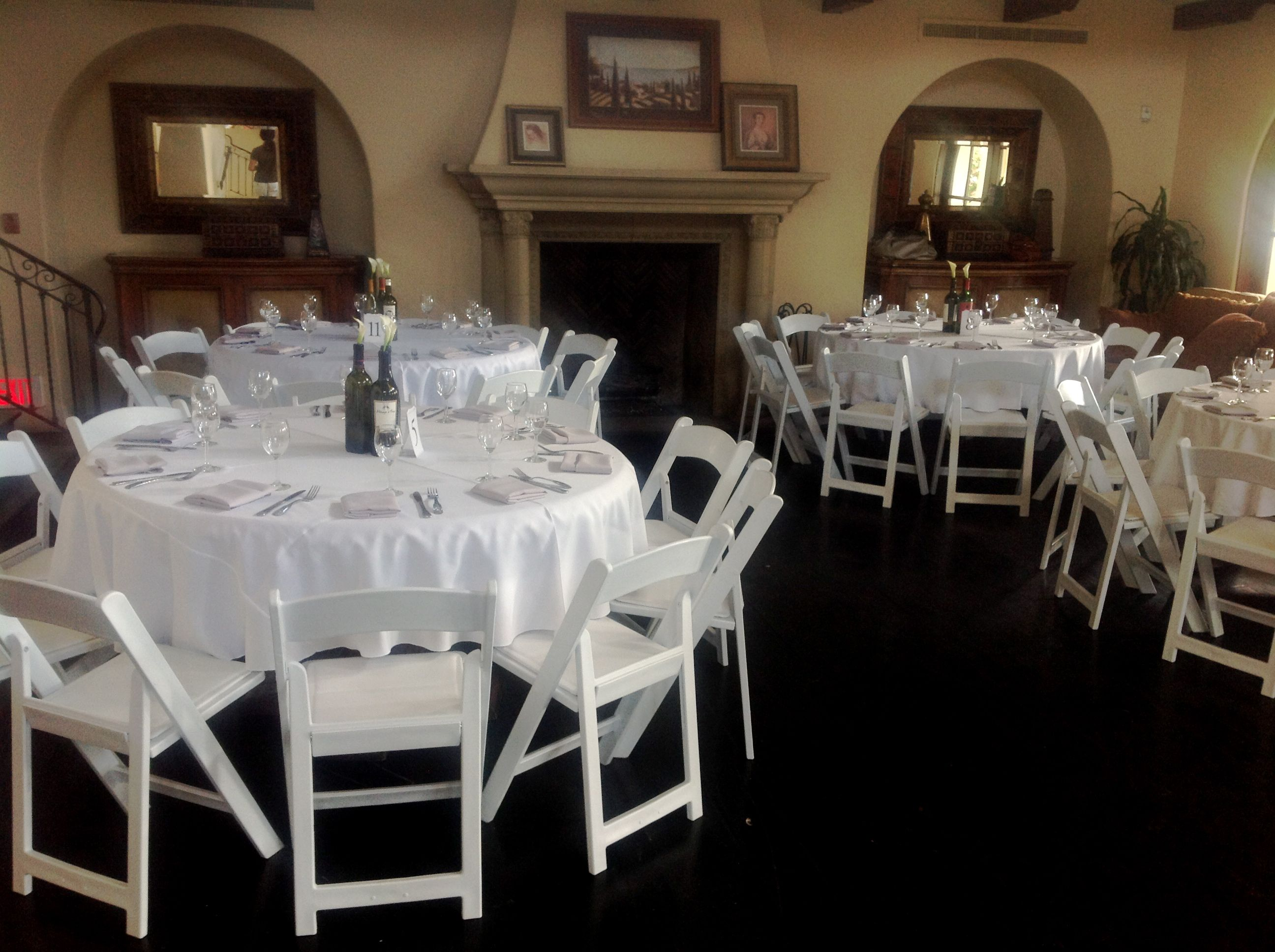 small wedding at the woods venue in eastlake white linens paired