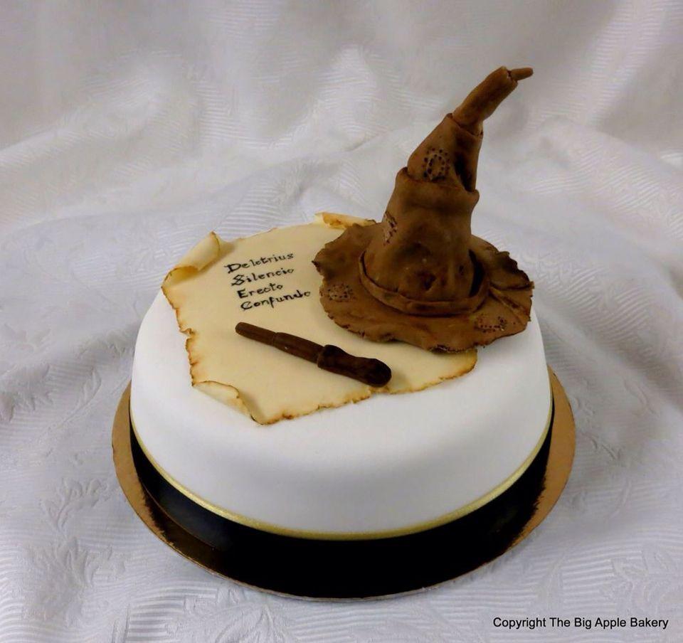 Harry Potter cake entièrement en pâte a sucre