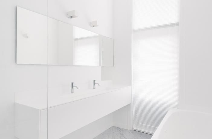 Volledige Badkamer in Corian, Het Badhuys Breda | Het Badhuys ...