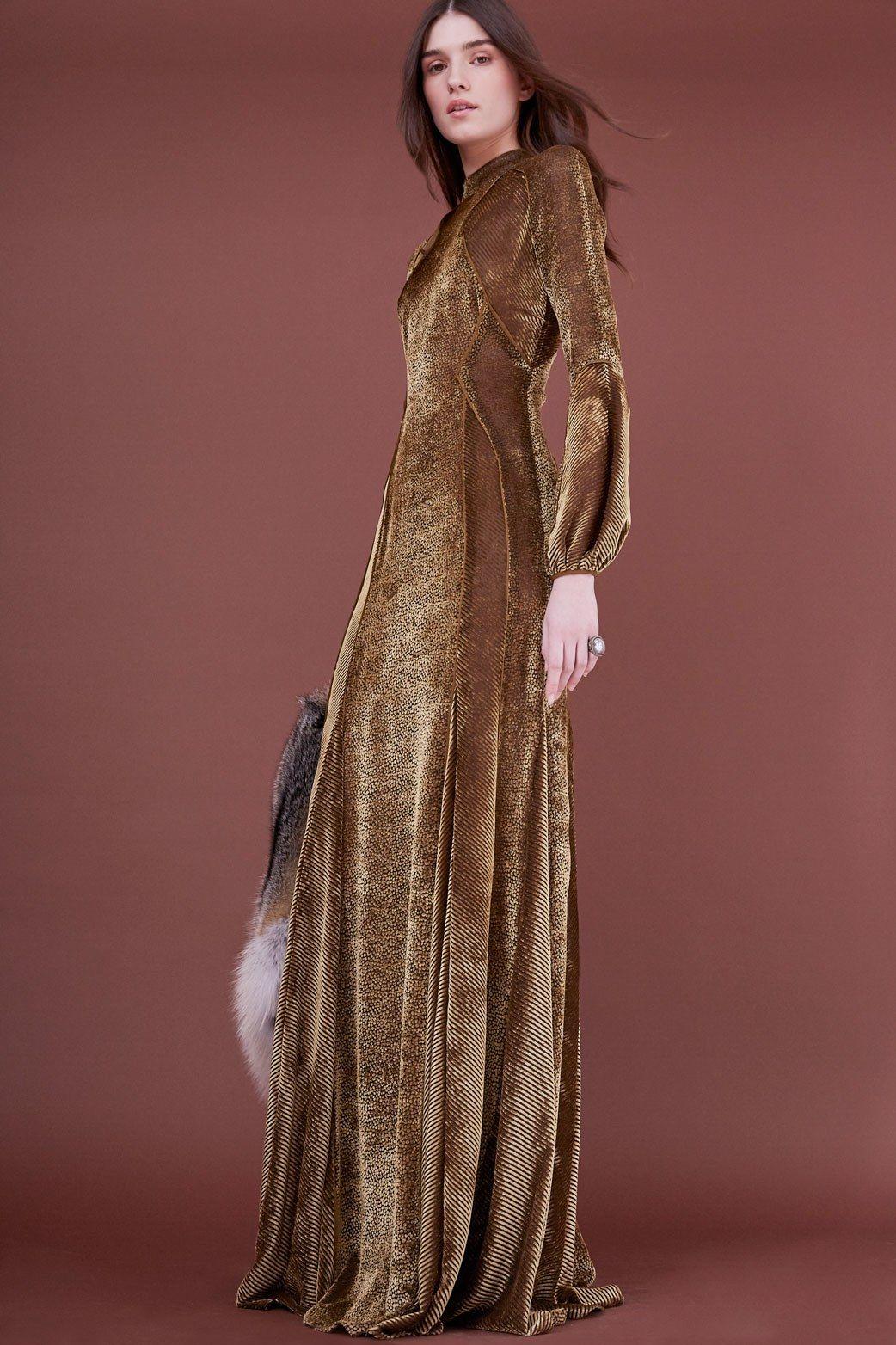 J. Mendel Pre Fall 2018 Collection Photos   Vogue