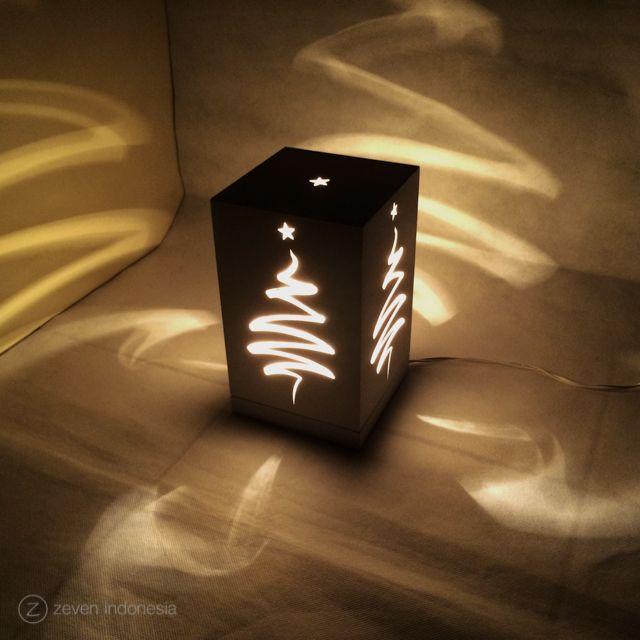 Christmas Lantern Lights - Star Tree #Christmas #Home #