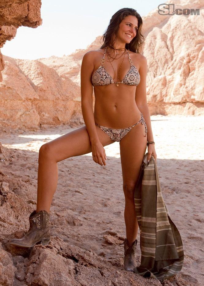 Daniella Sarahyba - swimsuit si Photo (29435828) - Fanpop