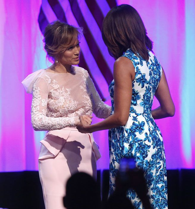 """Jennifer Lopez Took A Selfie With """"Her Girl"""" Michelle"""