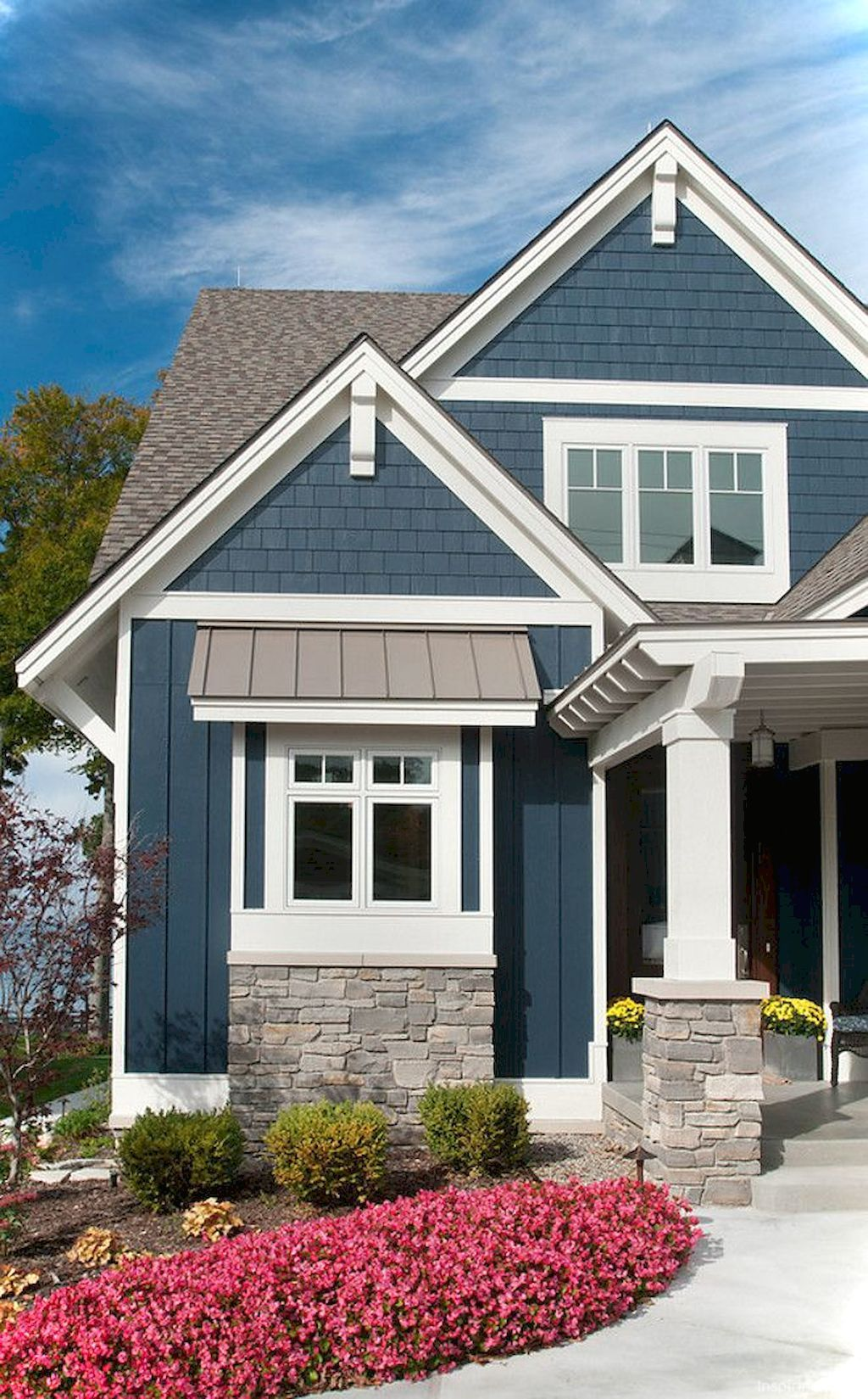 Awesome Cottage Exterior Colors Schemes Ideas035