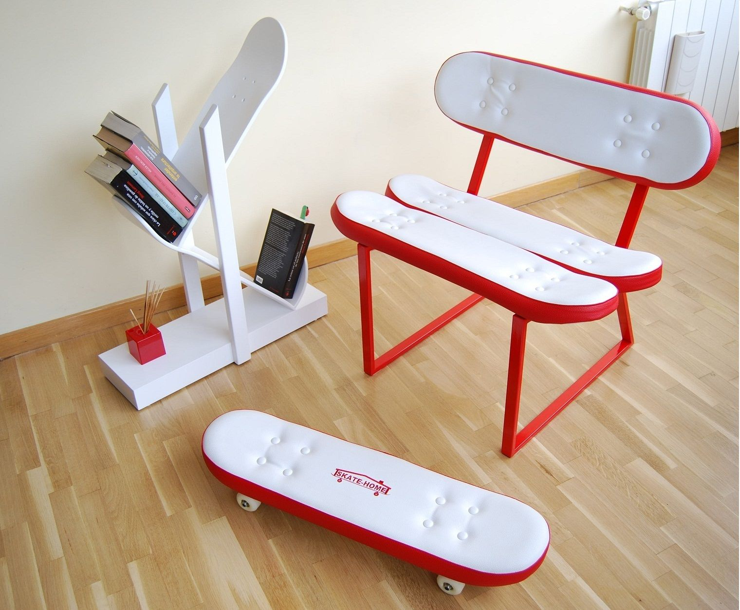 Skateboard Bedroom Furniture beautiful colored fabric will look great as a cover for skateboard