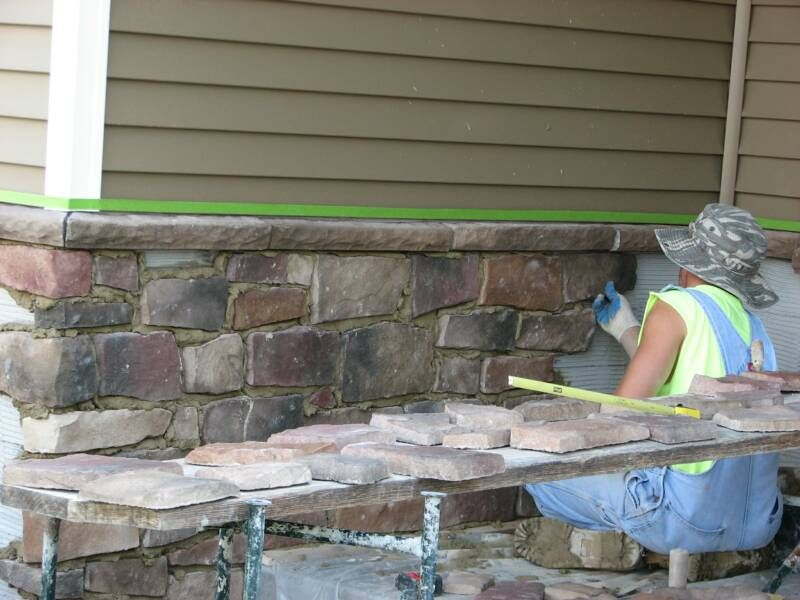 Stone Veneer Over Concrete Foundation Walls This Is The Right Idea House Foundation Exterior Brick House Exterior