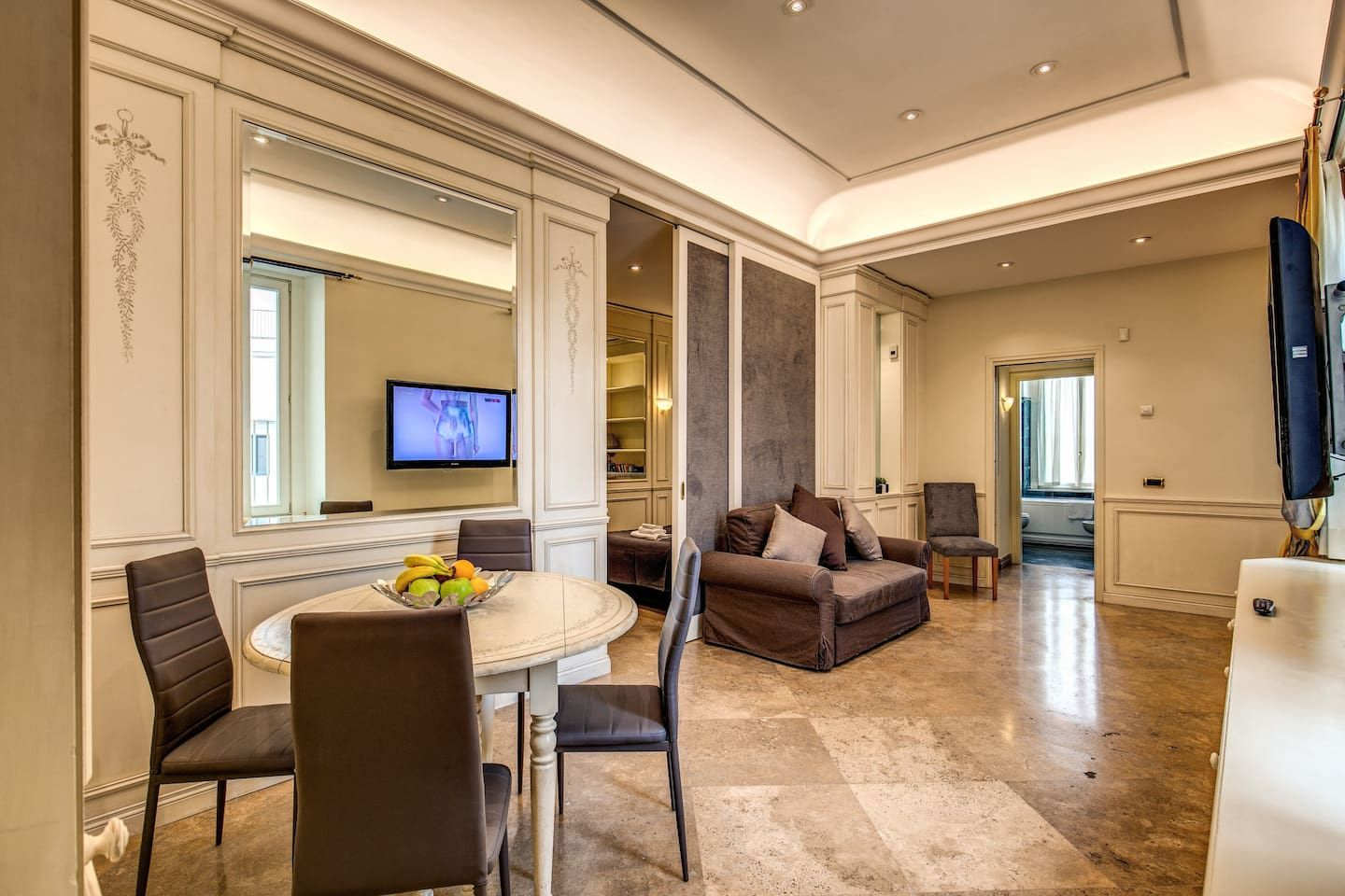 Spagna/Trevi Stylish apartment Apartments for Rent in