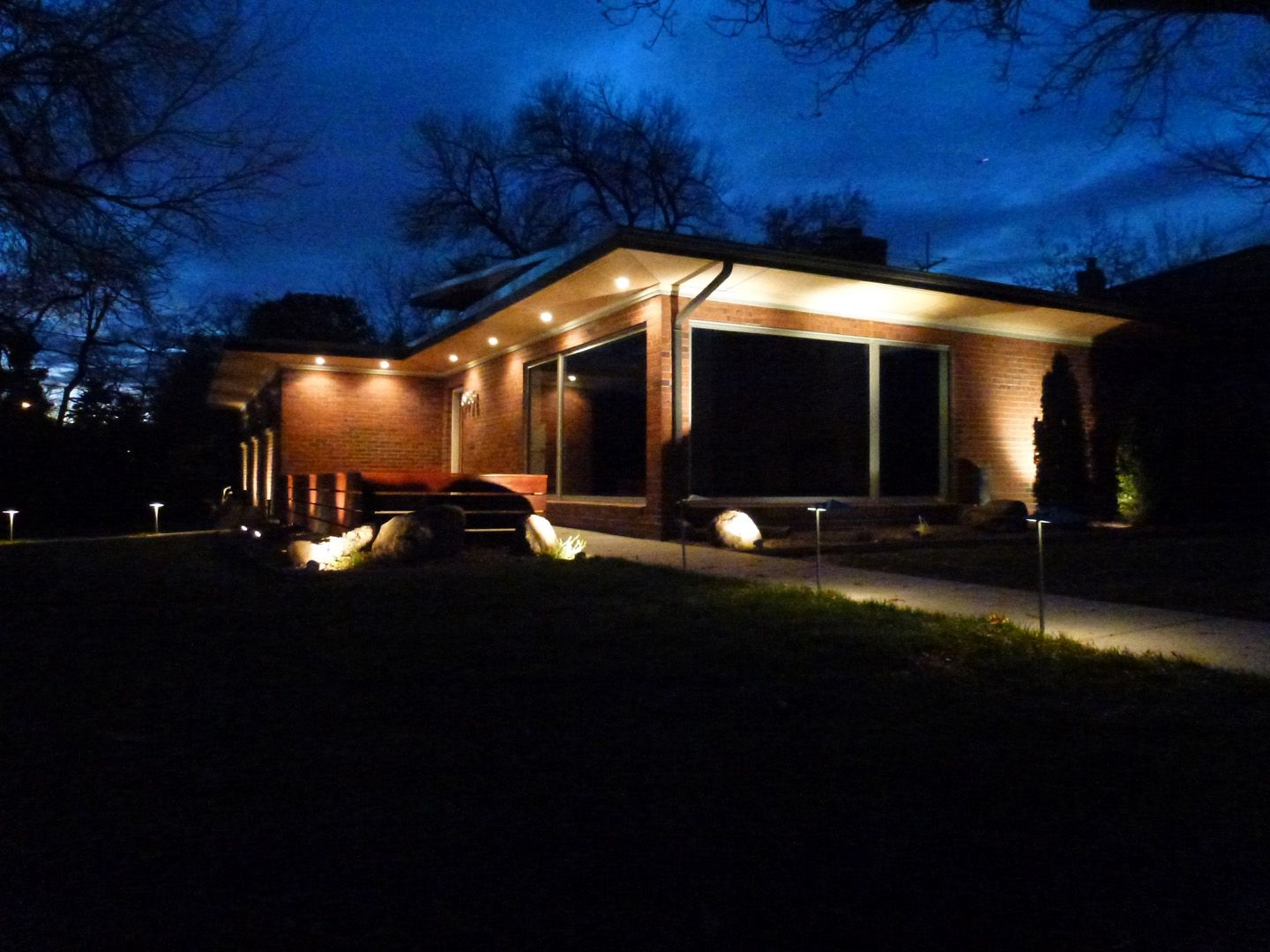 Low voltage led outdoor soffit lighting httpscartclub low voltage led outdoor soffit lighting aloadofball Gallery