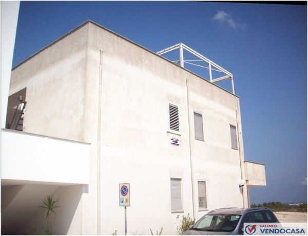 L'agenzia Immobiliare Salento Vendocasa vende un