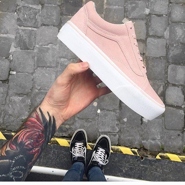 51370d0b4ab New Pink Suede Platform 🌸  vansfiles  vans europe  vans  platform  vans   suede  pink  offthewall  stripe  notjustonething  like  love  vansaddict   brussels ...
