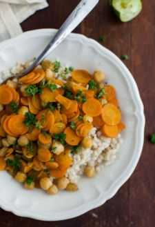 Cumin Braised Carrots and Chickpeas