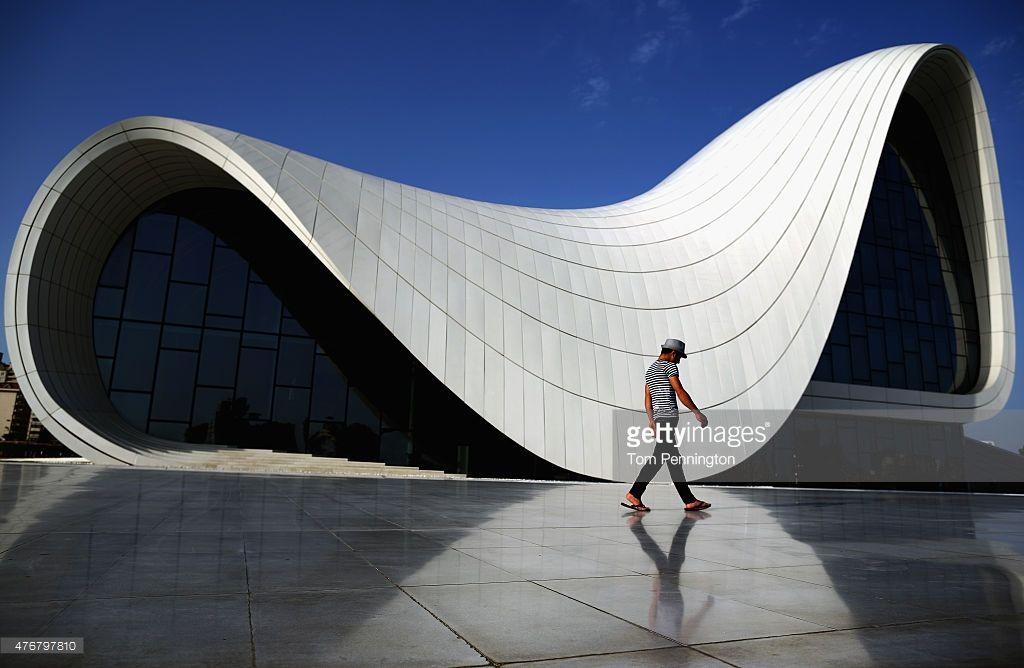 Pedestrians Walk Past The Heydar Aliyev Cultural Center Ahead Of Baku Zaha Hadid Zaha Azerbaijan