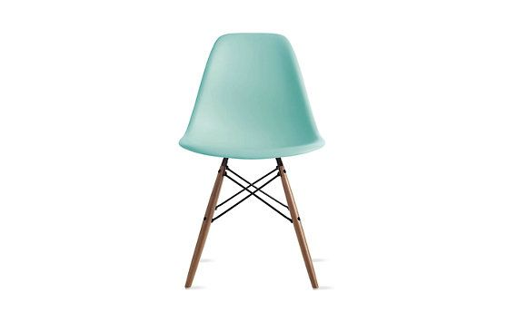 Eames® Molded Plastic Dowel Leg Side Chair (DSW)