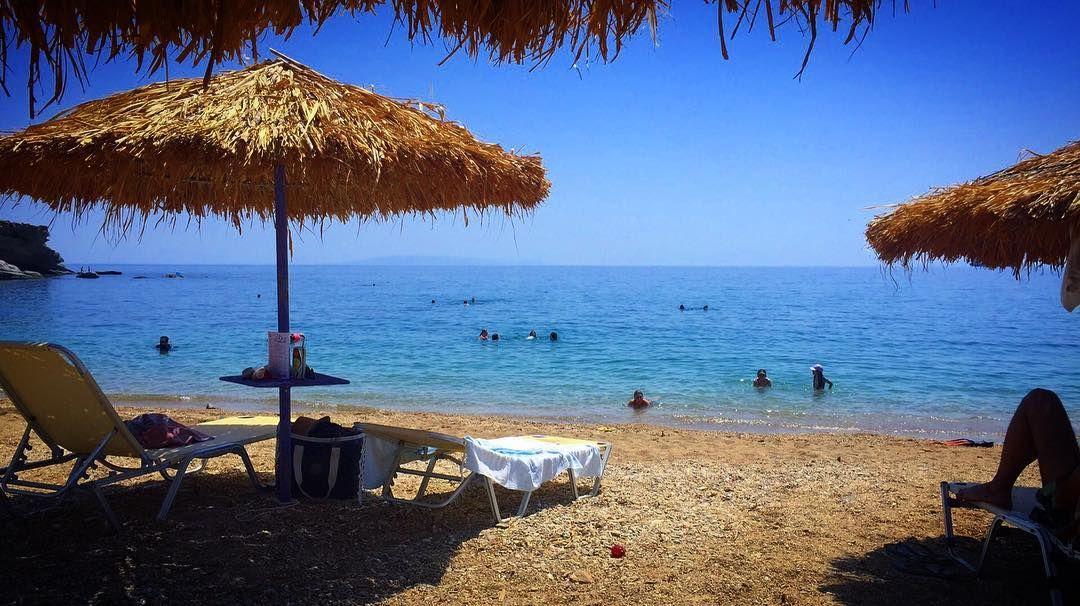 Heat wave remedy !!! (40o Celsius ) #beach #sea #swim #sand #sun #summer #karystos #greece #instalike #instagram #instalifo