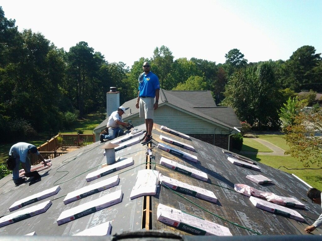 T Lee Of Yellowhammer Roofing Inc Supervising Roof Installation A Huge Difference Between Us The Other Guys The Roof Installation Roofing The Other Guys