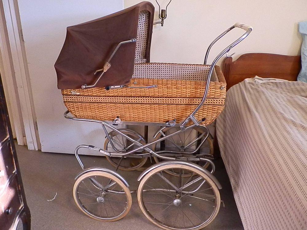 1970s type Perego Wicker Stroller Carriage