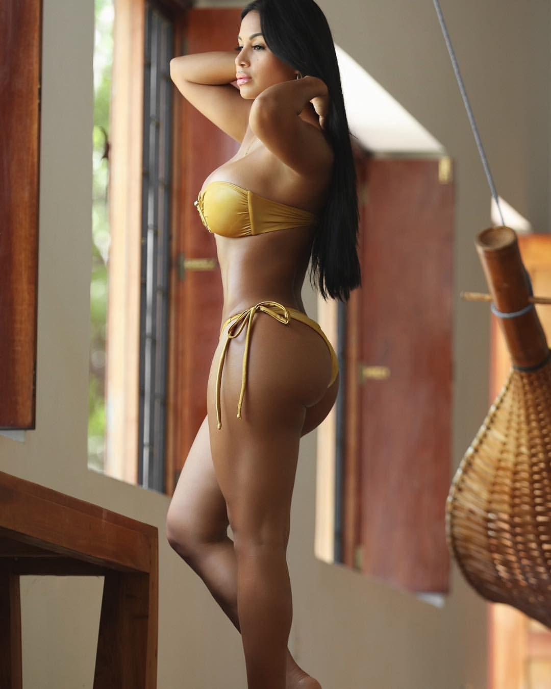 Nicaraguan sexy woman