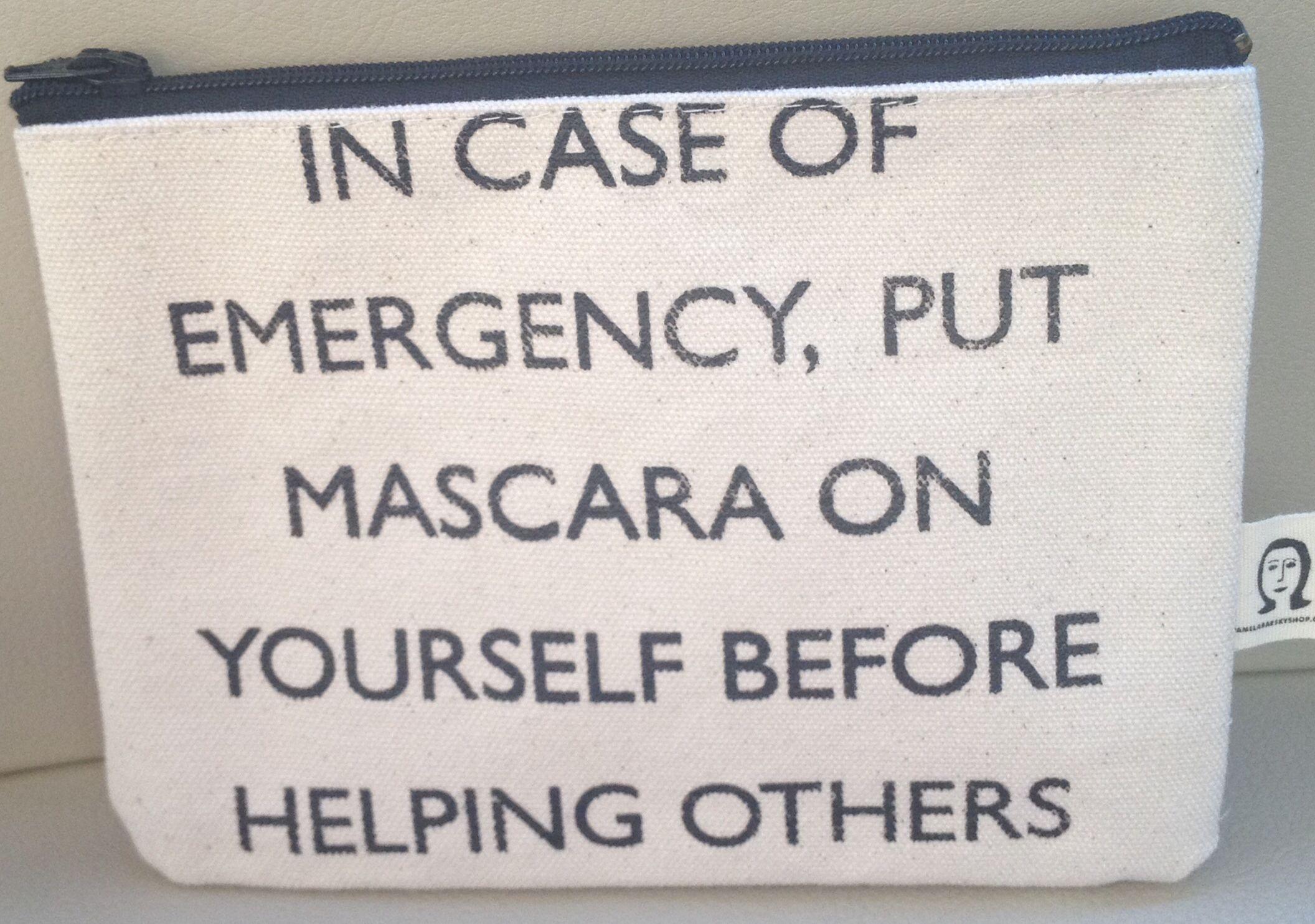 #makeup #makeuphumor #mascara #travel #emergency #plane #airplane #travelbag #carryon  #cosmetics