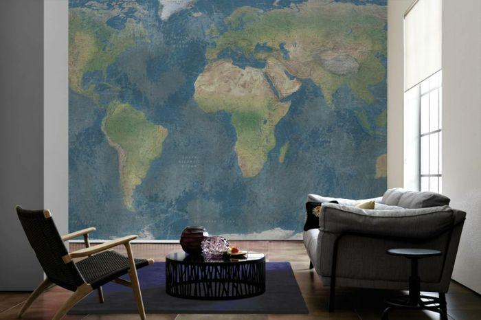 weltkarte wand akzentwand wohnzimmer runder wohnzimmertisch - tapete braun beige akzent wand wohnzimmer