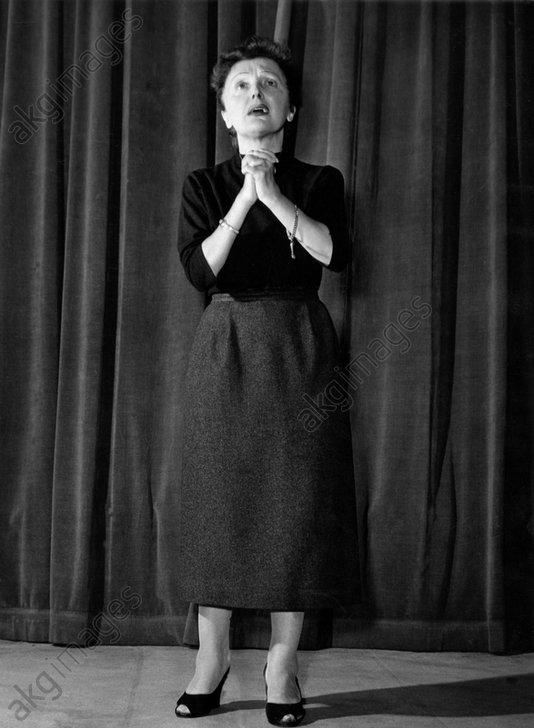 Photo Edith Piaf chanteuse de variété française format 10x15 cm n1955