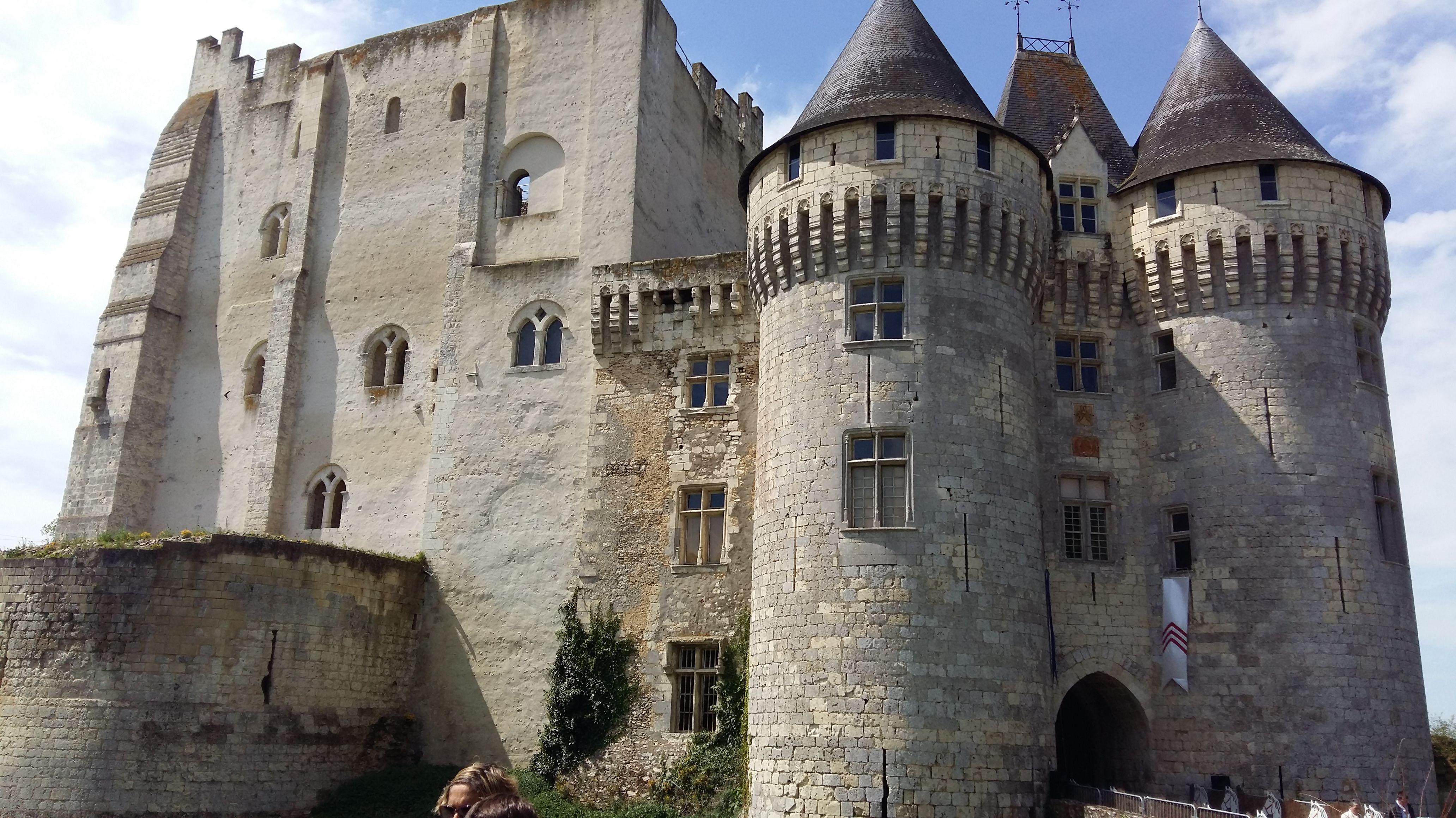 """Presqu'un  """"Panoramique é sur le Château St Jean ....! ! !"""