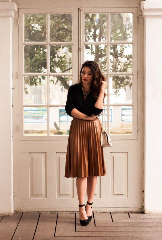 92c0377d1 Pleated Metallic Midi Skirt   Moda   Moda estilo, Ropa de moda y ...