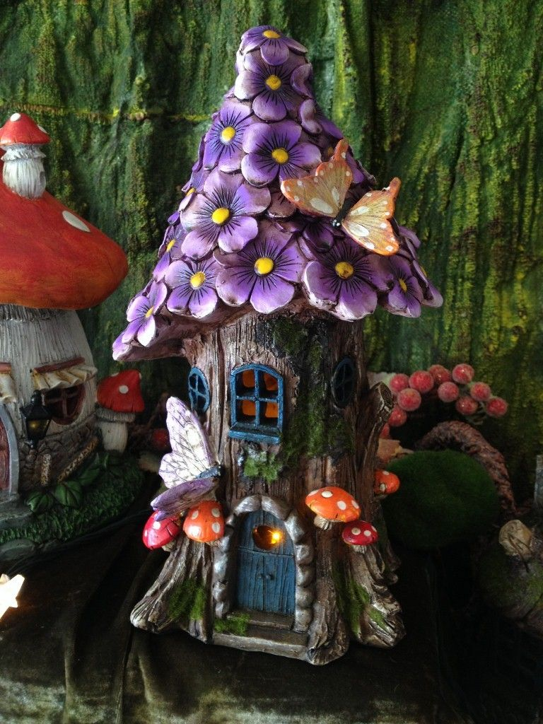 Flower Fairy House Solar-powered, Large Purple