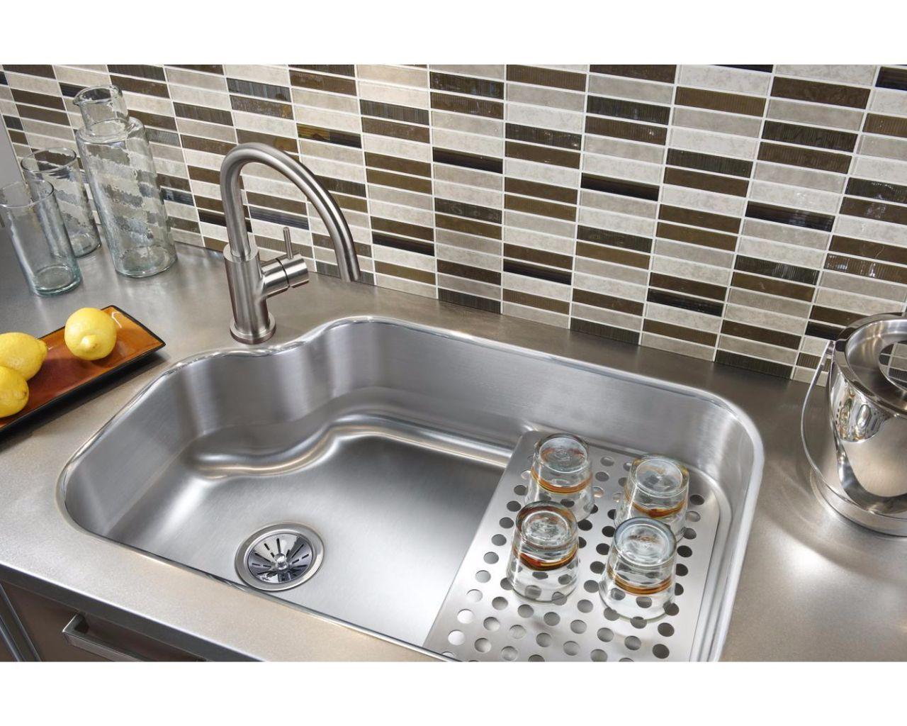 Elkay Lustertone Stainless Steel 32 X 21 X 8 Single Bowl Undermount Sink Kit Mystic3021bg Elkay C Kitchen Sink Remodel Kitchen Sink Design Kitchen Remodel