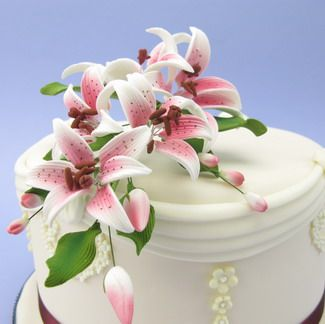 Large Cerise Tiger Lily Cascade Sugarcraft Cake Topper GBP1599