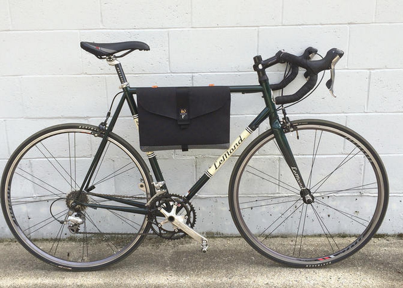 Custom frame bag for laptops http www bikeforums net commuting