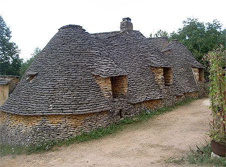 Bories (stone houses, in Périgord) - Dordogne, France