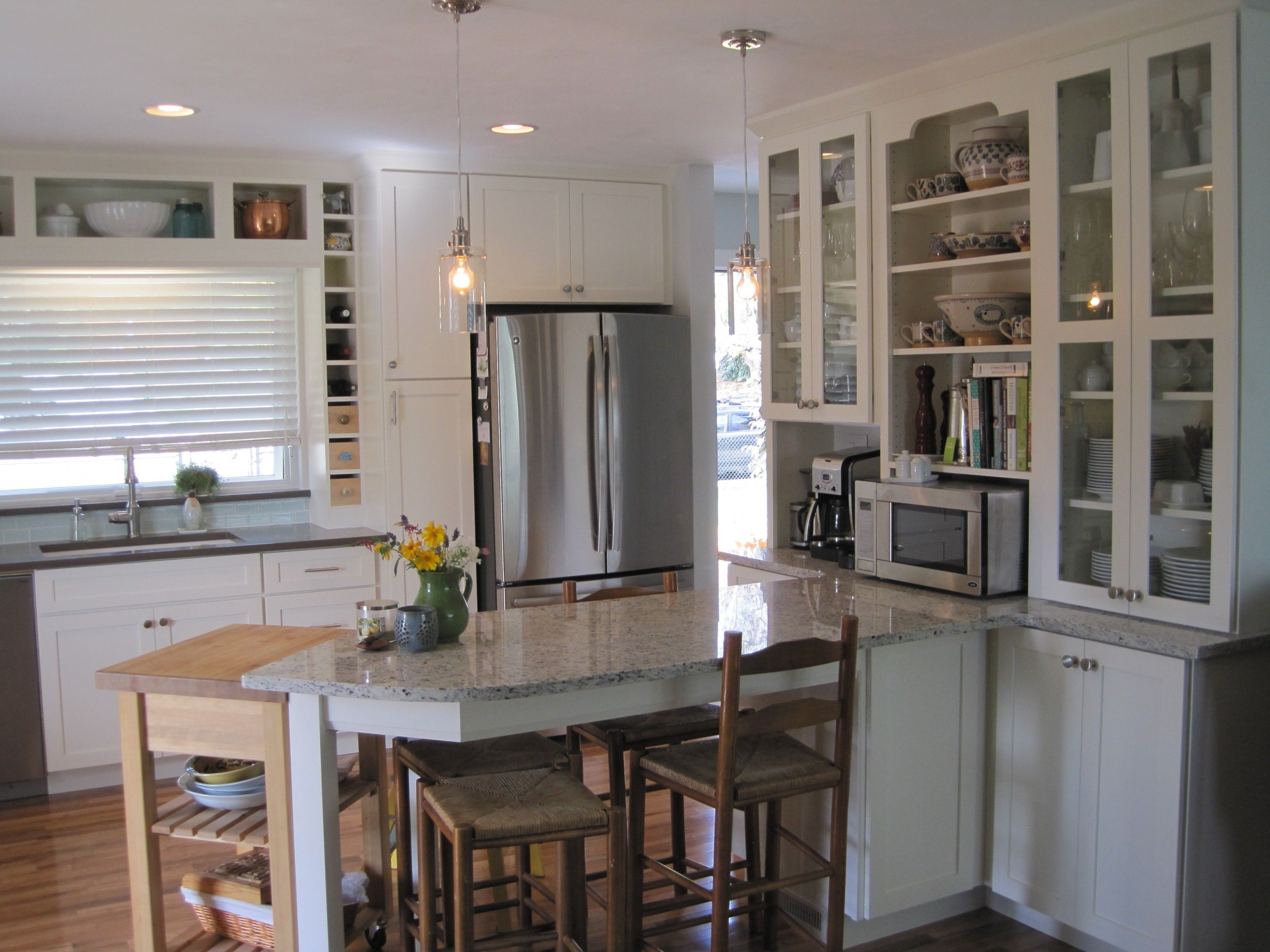 Image Result For Kitchen Peninsula With Seating On Both Sides Kitchen Cabinetry Design Modern Kitchen Design Kitchen Design