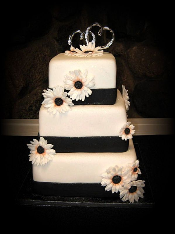 Black And White Wedding Cakes Planner Wedding: Get more ideas ...