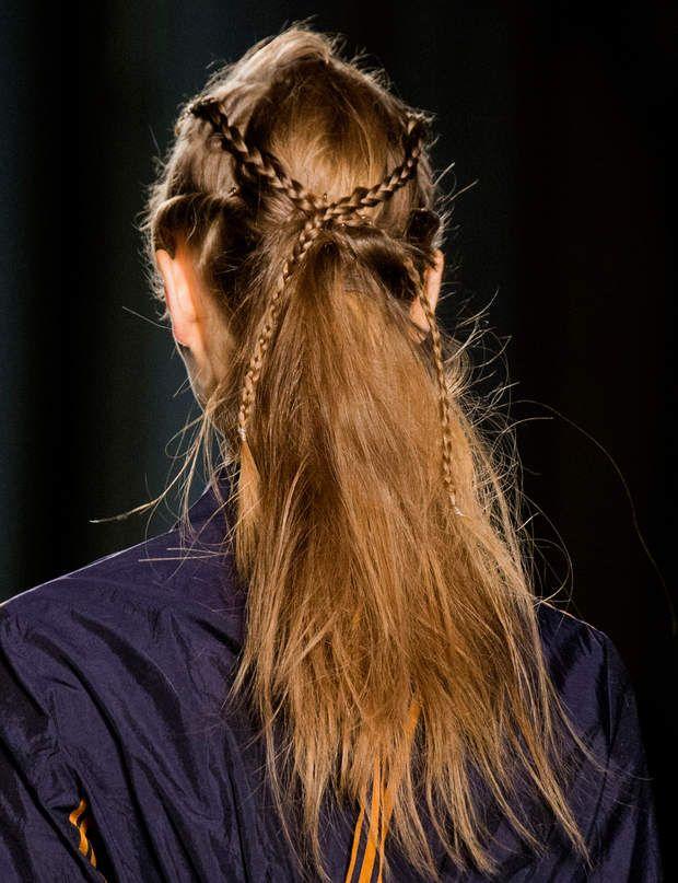 10 coiffures faciles pour aller travailler Coiffure