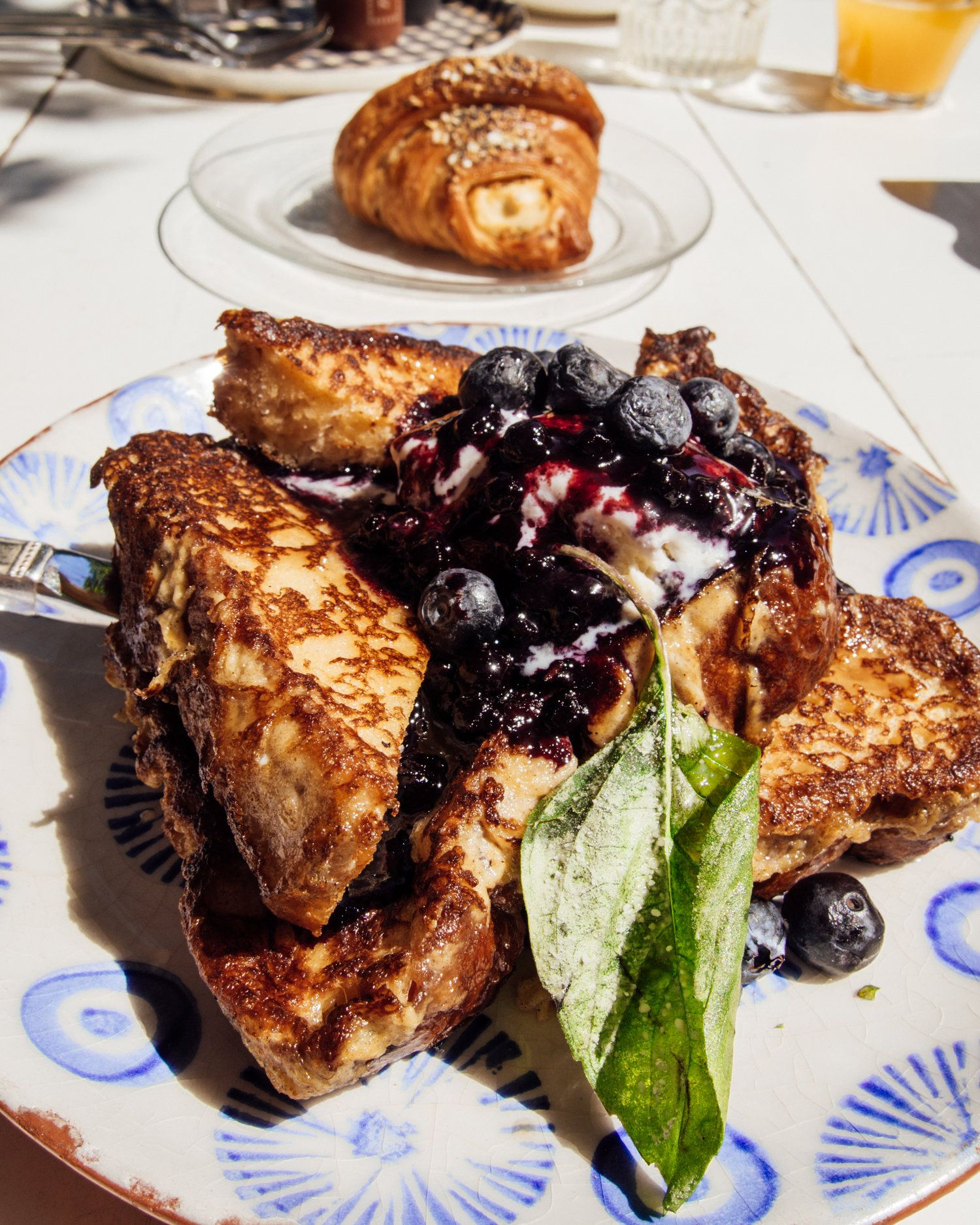 House Baked Brioche French Toast Elizabeth Street Cafe Austin Texas Elizabeth Street Cafe Brunch Restaurants Toast Toppings