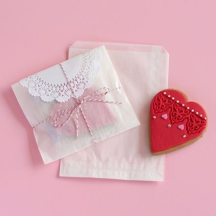 Glassine Bags are made from translucent waxed paper and are grease and moisture resistant. Ideal for cookies, nuts and baked goods.   BLANK supplies & inspiration