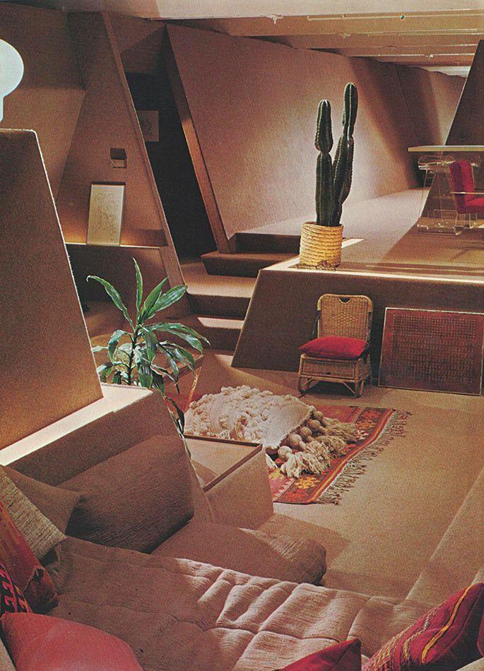 Apartment Interior With 4 Rooms: Retro Interior Design, Retro