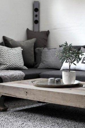 Grijstinten en stoere salontafel voor de woonkamer | Interieur ...