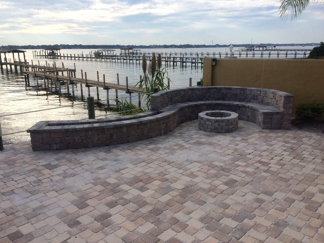 how to build a fire pit on top of pavers