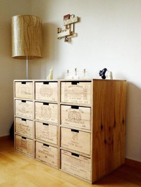 hat schon was so ein regal aus alten weinkisten via allgemein pinterest. Black Bedroom Furniture Sets. Home Design Ideas
