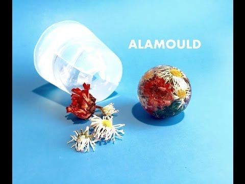 HOW TO MAKE RESIN ORB PENDANT WITH FLOWERS  USING CLEAR MOLD