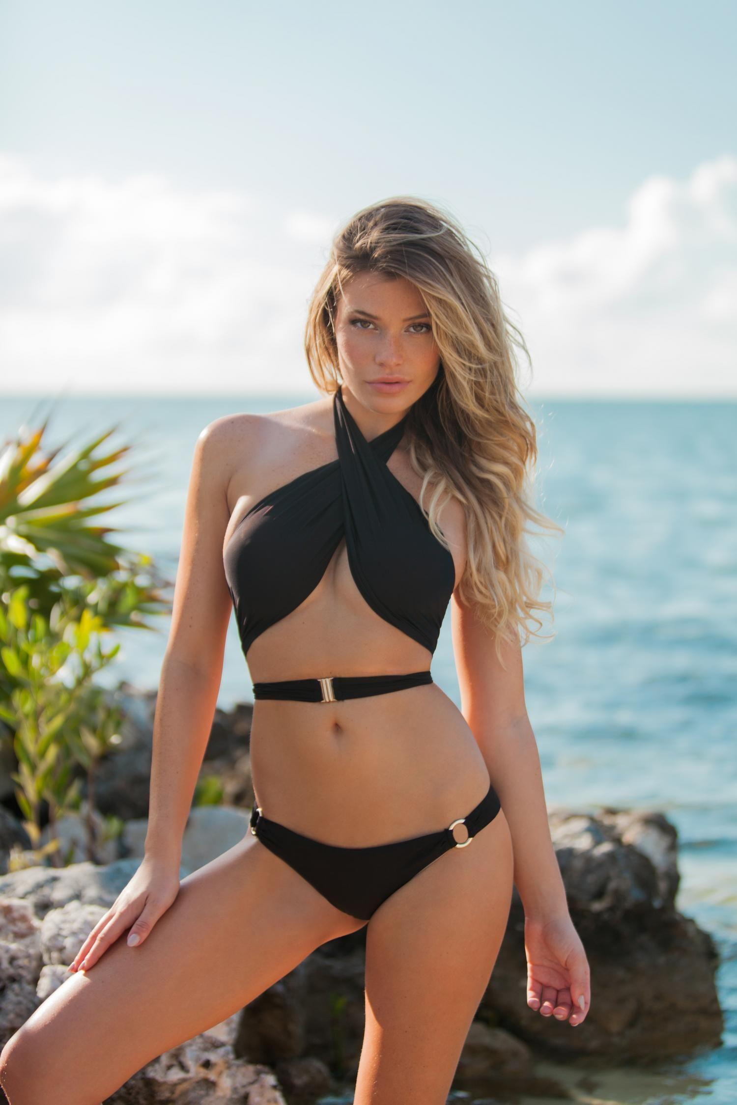 Sexy Bikini Models Videos
