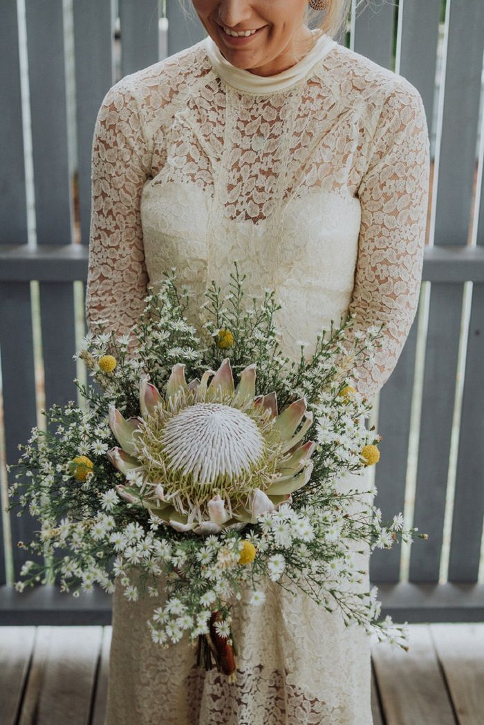 1940s Vintage Wedding Dress & Daisy Bouquets and Lots of DIY For An Outdoor Tipi Wedding | fabmood.com #wedding #weddingdress #vintagewedding #bohemianwedding #diywedding #1940s #vintageweddingown