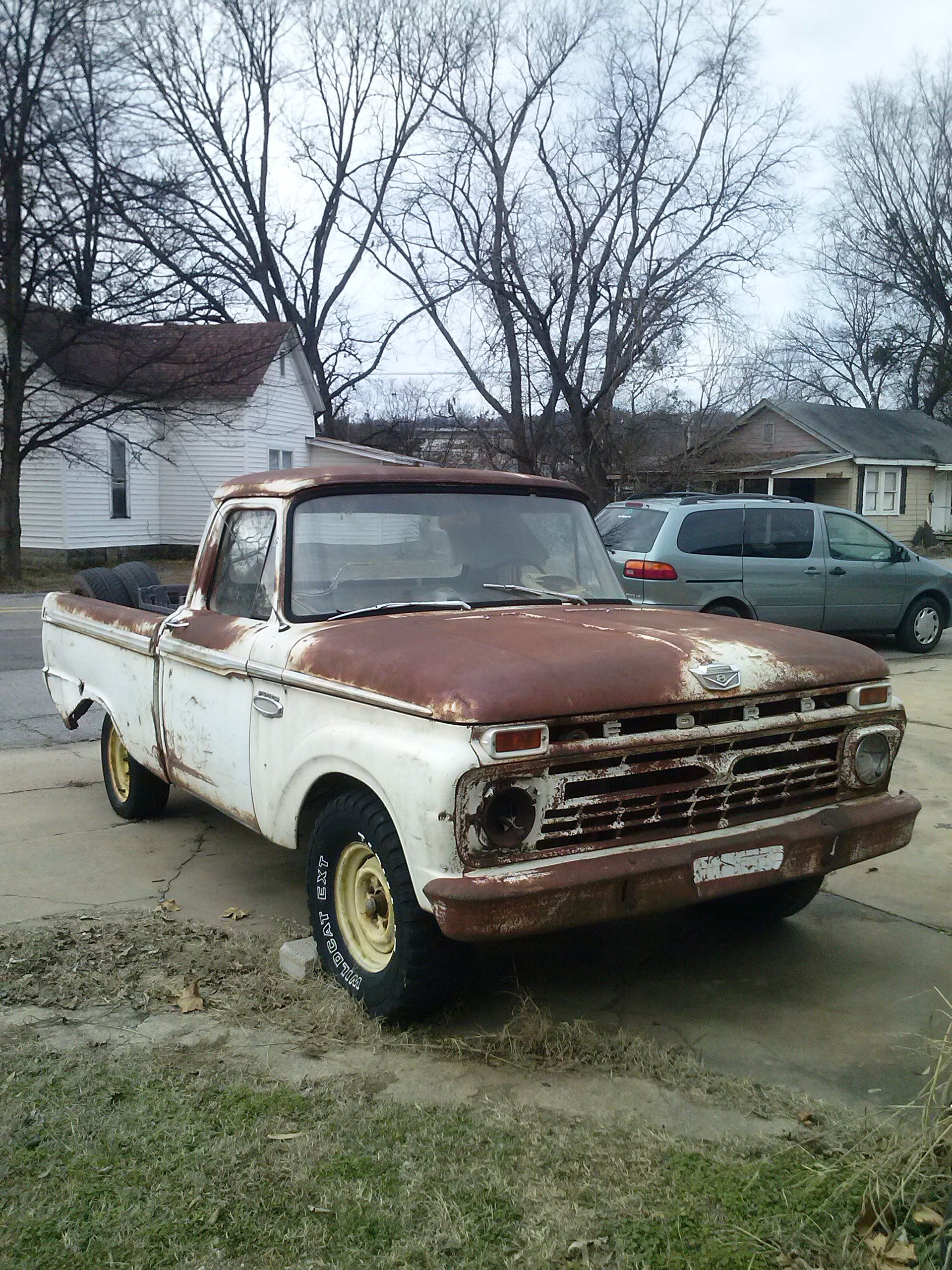 Ford Pickup Very Rusty Found In Van Buren Arkansas Tripper S