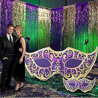 muyamenocom salones para fiesta decorados con mscaras y antifaces - Imagenes De Salones Decorados
