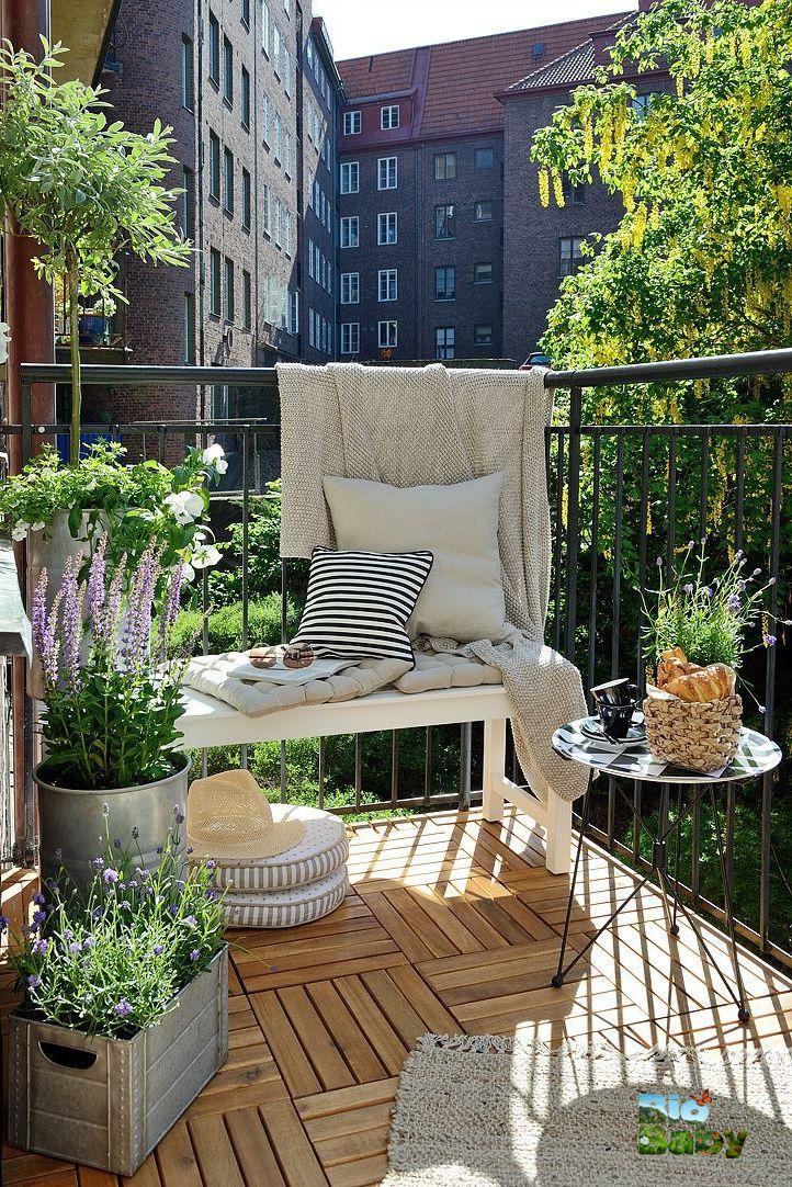 Qué terraza tan linda! La plantas alegran el paisaje Balcony